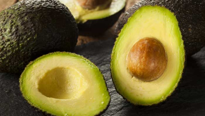 Avocado and castor oil for skin whitening face mask