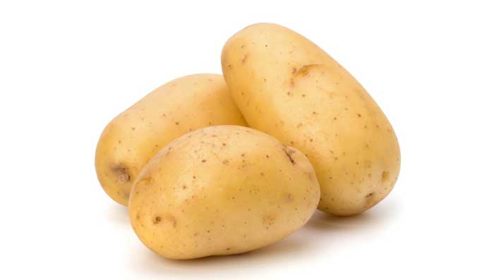 Potato and castor oil for skin whitening face mask