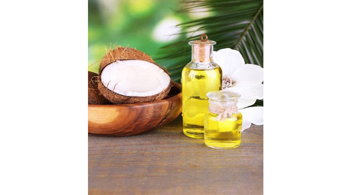 5 Benefits of Coconut Oil for Hair & Skin