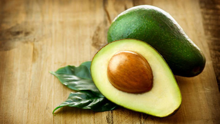 7 Reasons Why Avocado Is Great For Your Hair