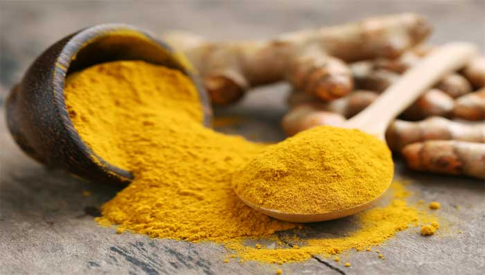 Fairness tips for dry skin with curd and turmeric face pack