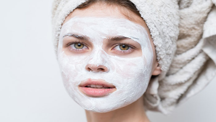 how to bleach face at home