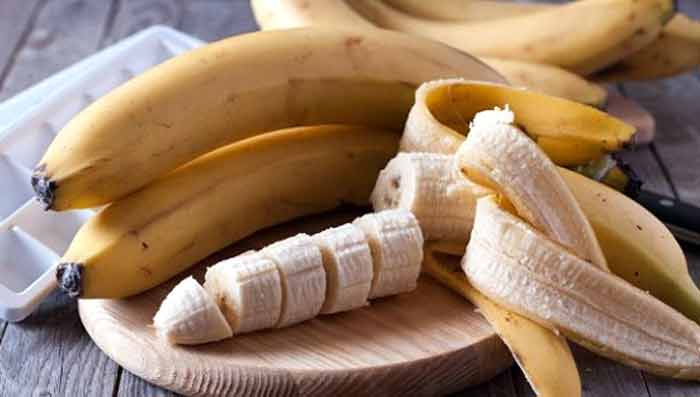 Keep Glowing This Winter with Banana Home Remedies