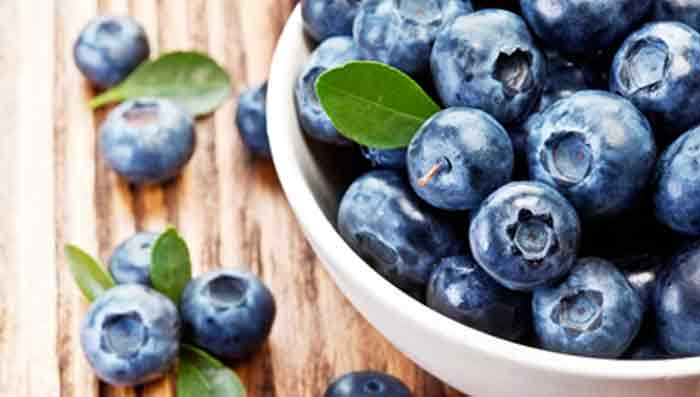 Eat Berries for Glowing Skin