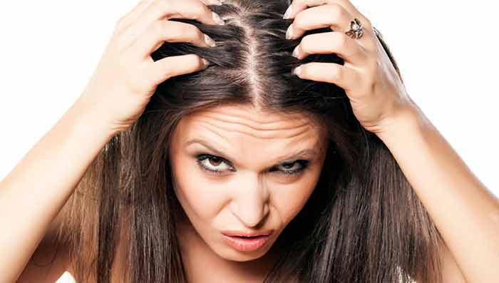 Causes and Hair Care Tips for Itchy Scalp in Monsoon
