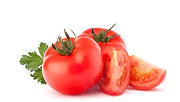 Tomatoes to get Glowing Skin