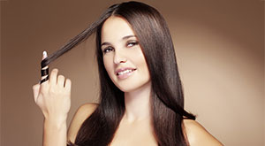 5 DIY Home Remedies For Split Ends