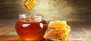 Top tips to pamper your skin and hair with honey